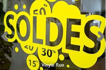Lettrage vinyle pour vitrine ou véhicule