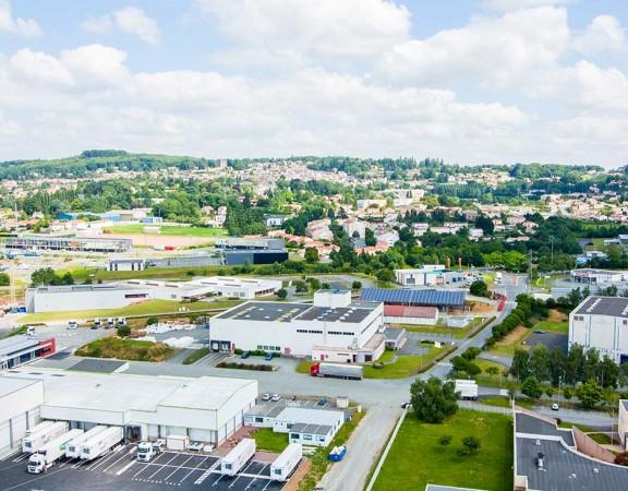 prise-de-vue-drone-pouzauges-zone-industrielle-2